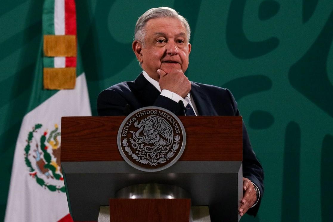 AMLO acatará el dictamen del INE en el que pide que se retiren tres conferencias por interferir en el proceso electoral