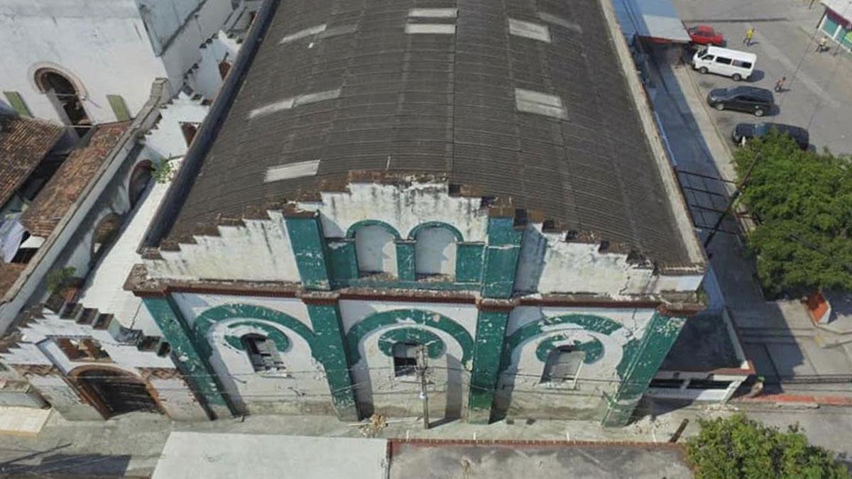 Secretaría de Obras Públicas de Morelos trabaja en mejorar las instalaciones del mercado municipal de Zacatepec