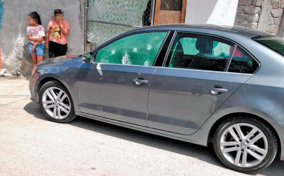 Asesinado a balazos dentro de su vehículo en la colonia San Lucas de Jiutepec