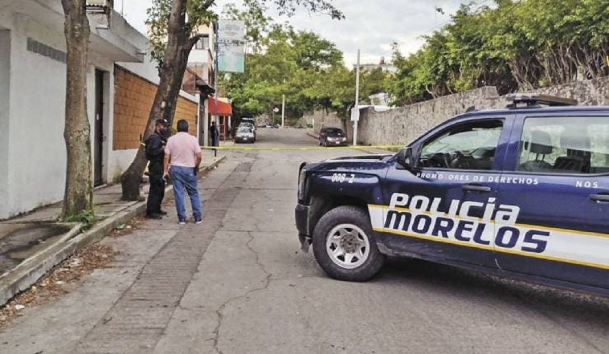 Cuerpo de hombre secuestrado aparece con tiro en la cabeza y golpes en el rostro y el cuerpo. Fue dejado en la colonia Ampliación San Isidro, de Jiutepec