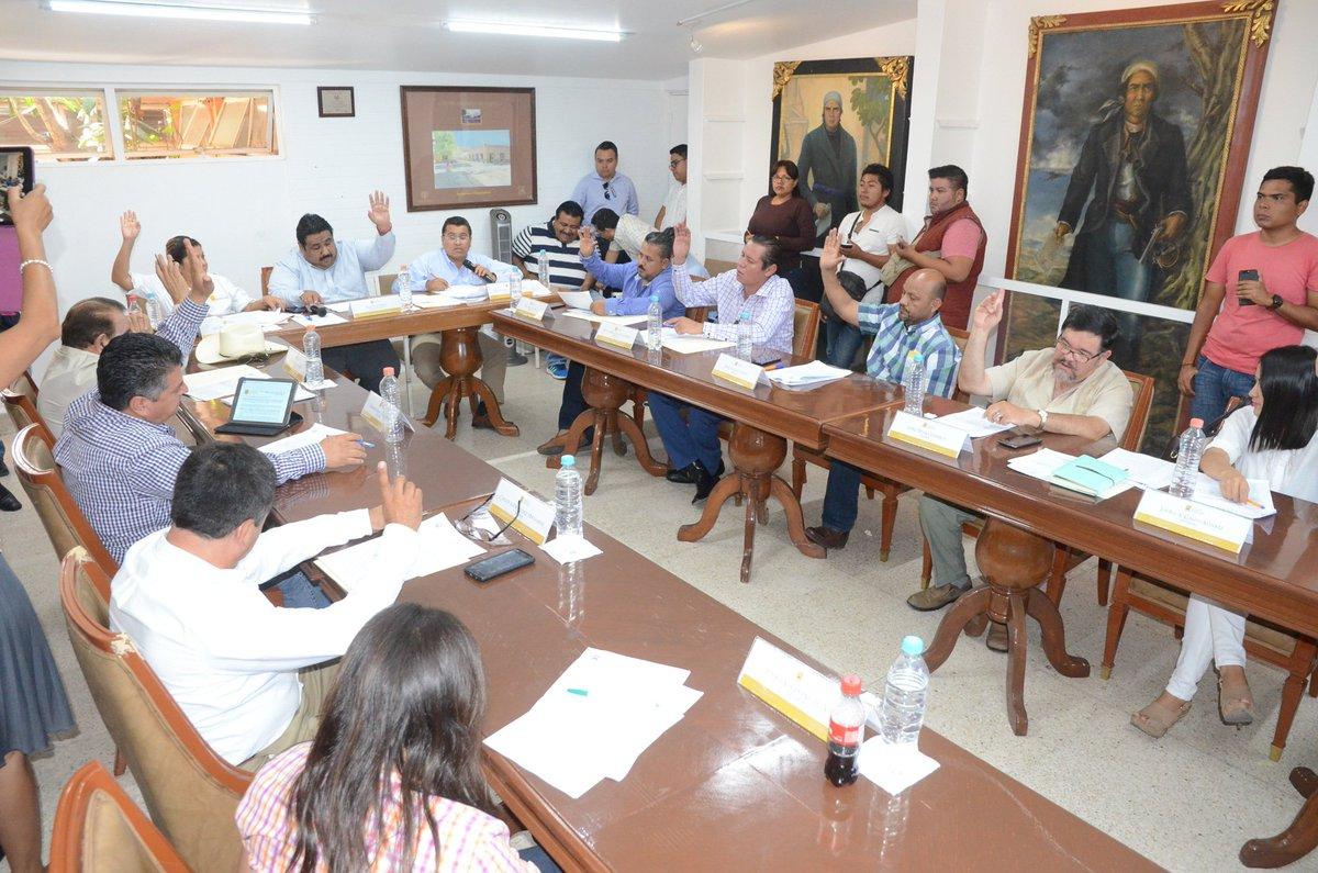 Apruban reglamento para la protección y trato digno de animales domésticos en Cuautla