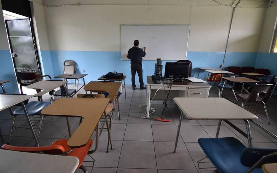 Rechazan padres de familia en Cuautla el regreso de sus hijos a las aulas de clases en agosto