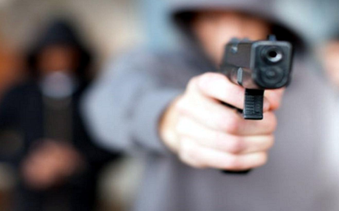 Asaltan a mujer en Cuernavaca tras retirar miles de pesos del banco