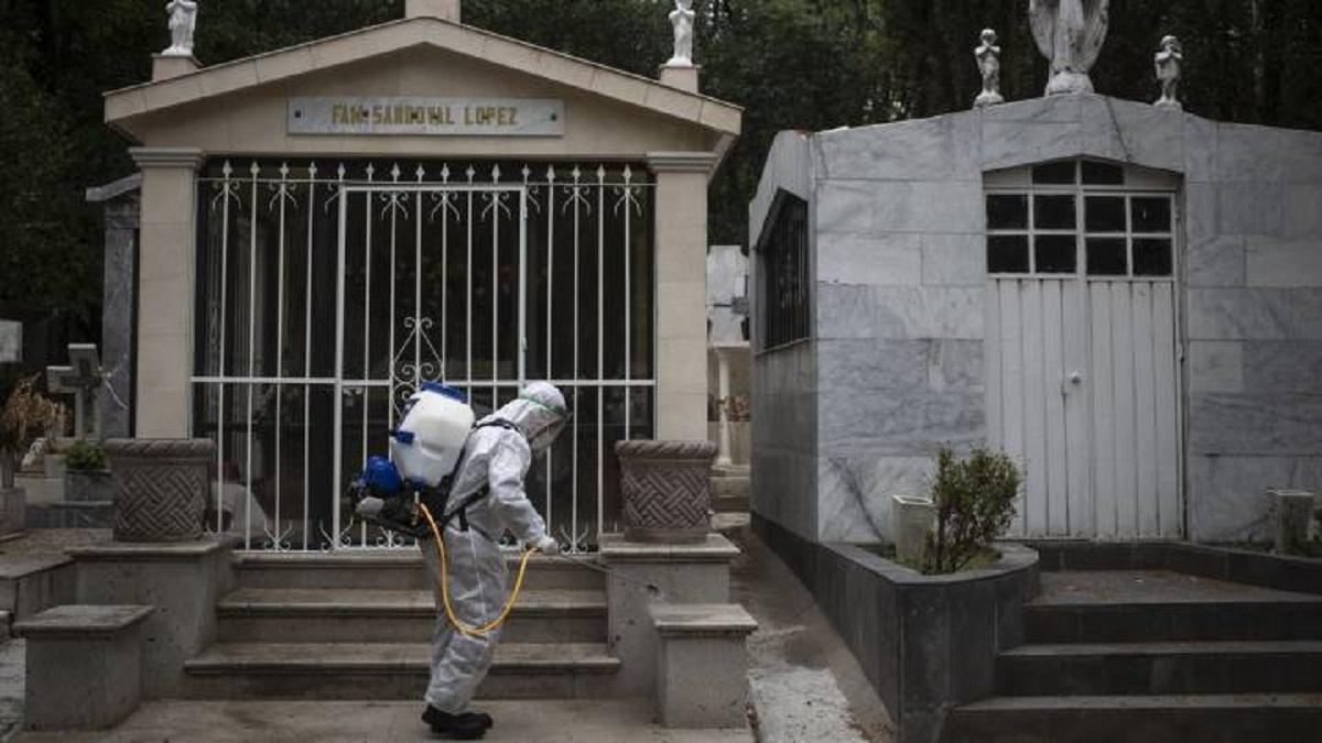 Restringido acceso a panteones de Cuautla para reducir contagios por Covid-19